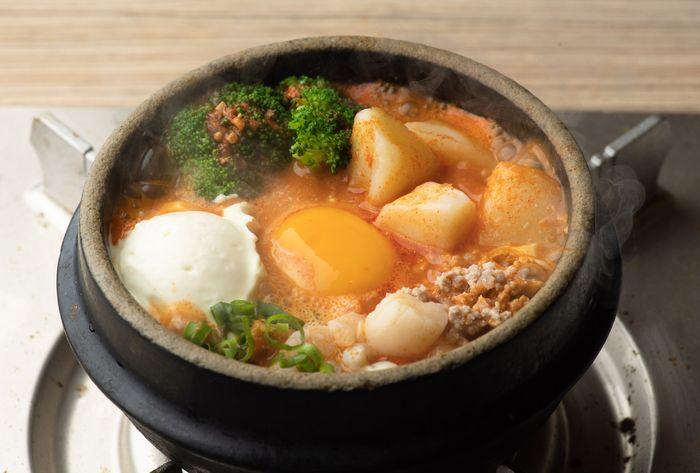 新流行?!クリーミーで濃厚な味わいが辛い料理と相性抜群!kiri(R)アレンジレシピが拡大中!