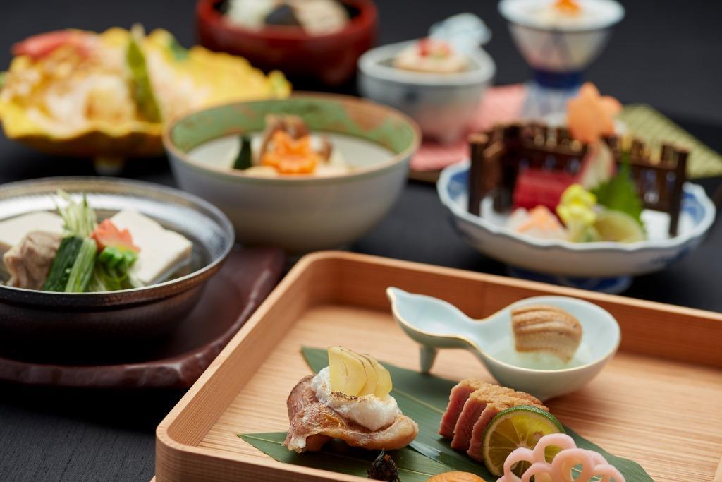 京王プラザホテル 文化展示「芸妓舞妓を支える京の伝統美」開催を記念し秋を楽しむ雅な和食ランチ&ディナー