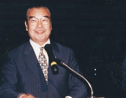 スポーツは、もっと自由だ――ボウリング界の立役者が語るスポーツと日本 ...